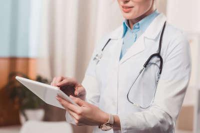 多囊卵巢能治好嗎
