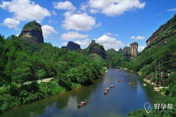 """美景介绍:我的家乡是美丽的武夷山,人们常说""""桂林山水甲天下,不如武夷"""