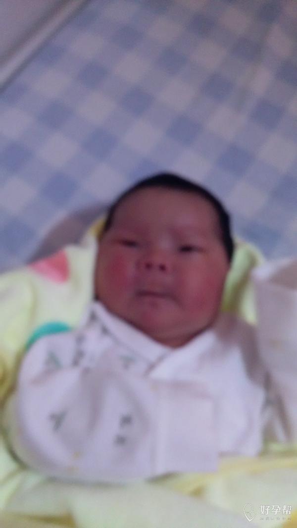 我生啦 | 姐妹们我的宝宝7月23号晚上20:12分生了女宝宝一枚